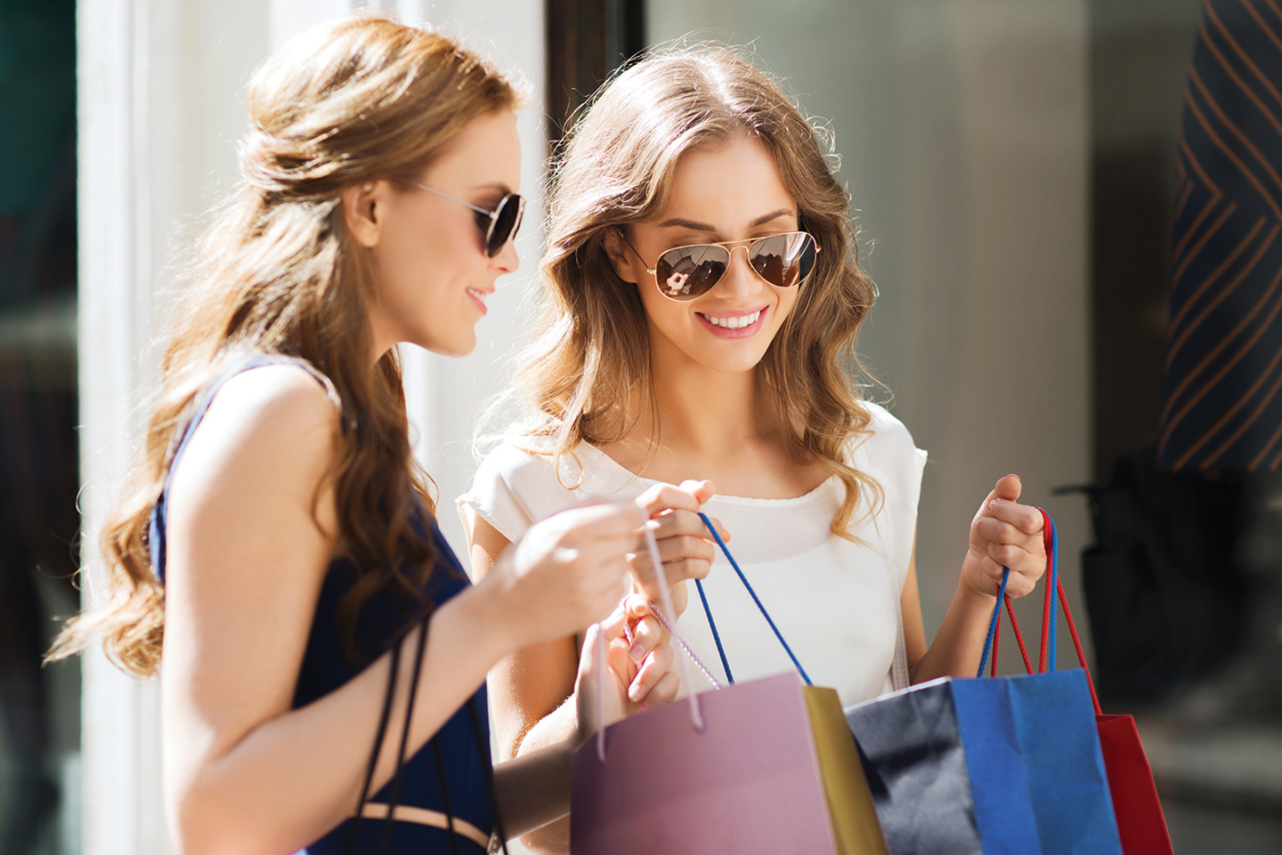 shopping-shutterstock_387668197